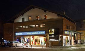 SunUp Sports Zentrum & Skischule Yellow Power